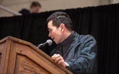 Mitchell Pratt at elections debate (Photo)