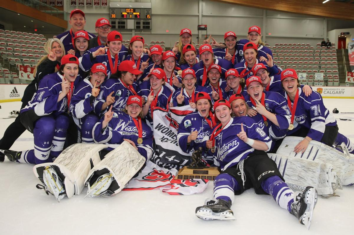 Women's hockey claims Canadian crown