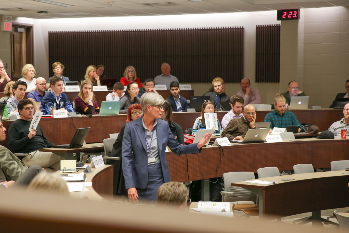 photo_Senate Meeting March 11 - Kyle Porter.jpg