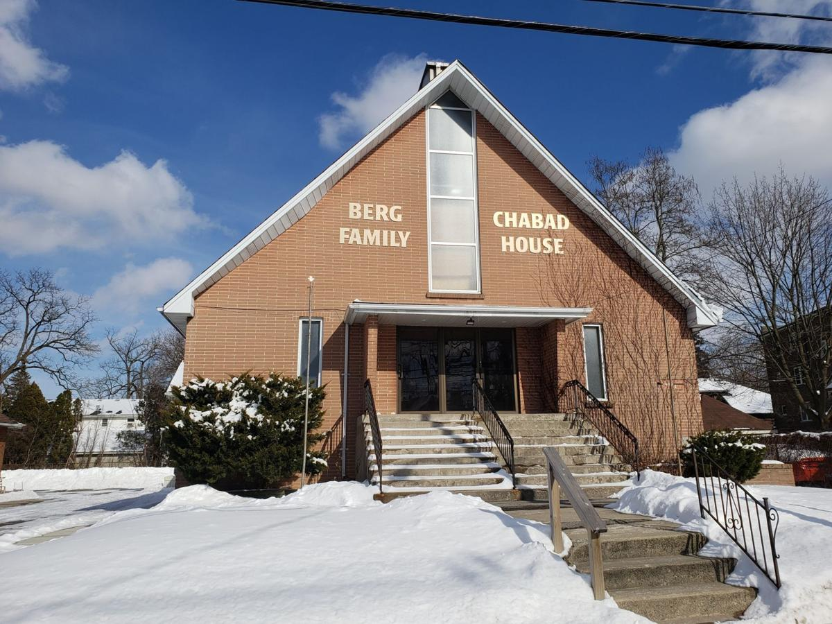 Chabad House (Photo)