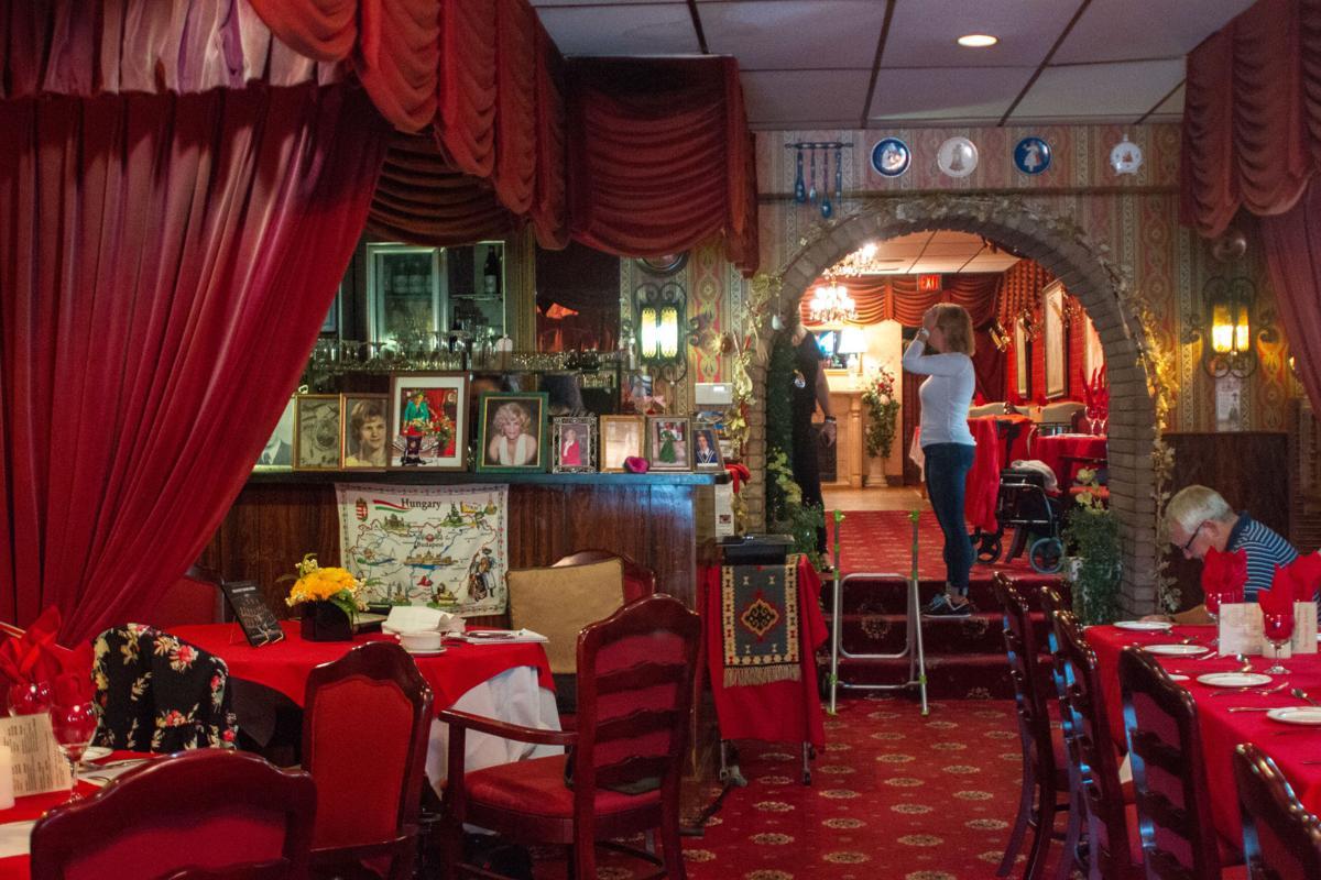 Authentic Restaurant (photo 7)