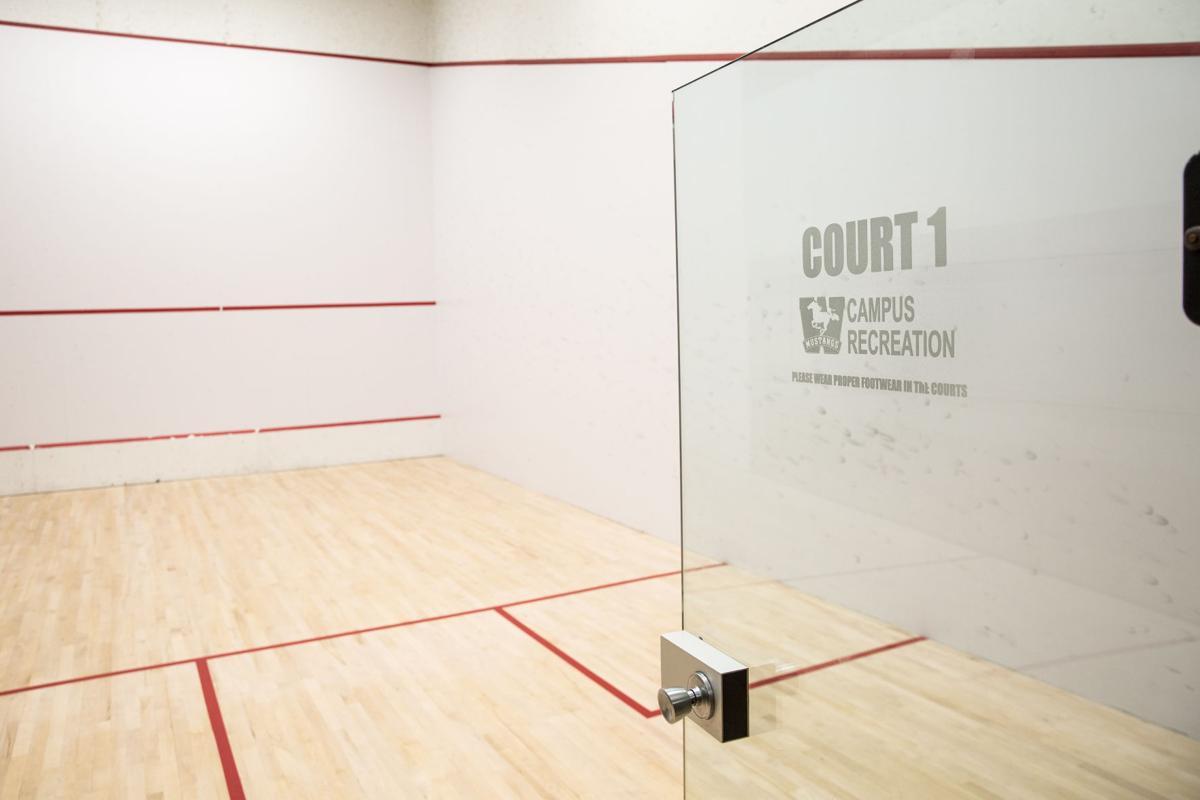 Squash court (Photo)
