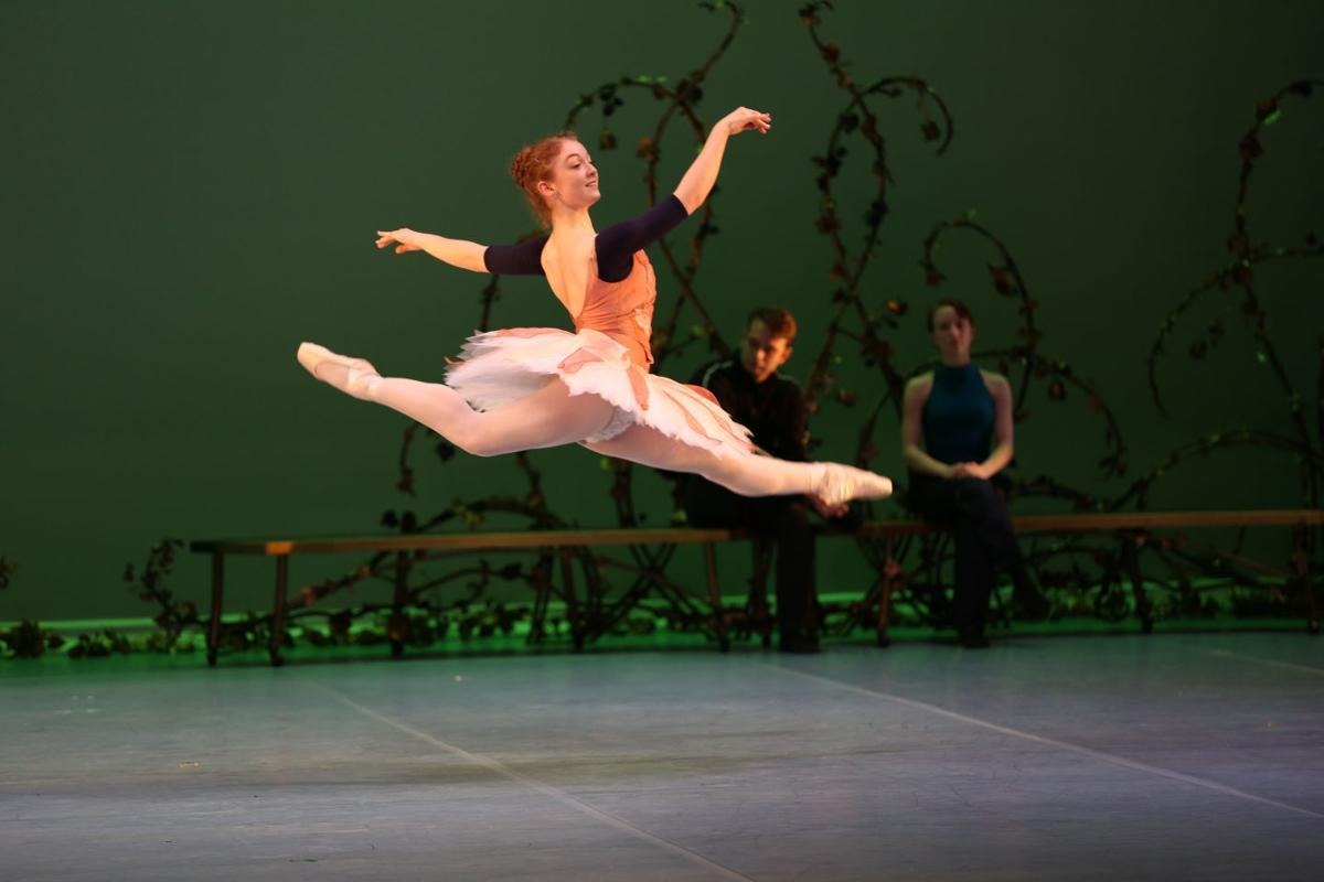 04_photo2_ballet– Talylor Lasota.jpg