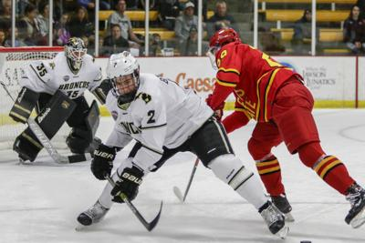d7af7444ae0 Western Michigan hockey season ends just shy of NCAA Tournament selection