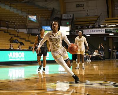 Jordan Walker's 13 points in the first quarter set the tone for Western Michigan's 90-69 route of Chicago State.