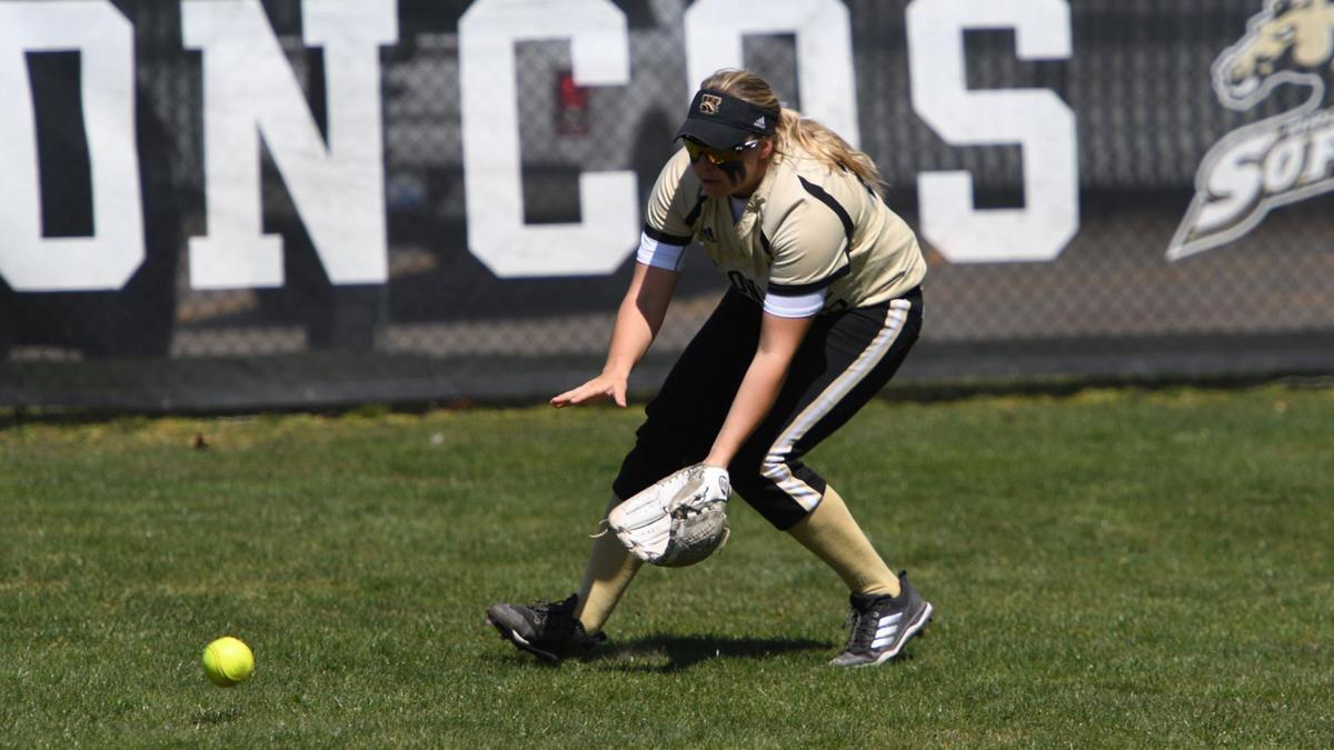 WMU Softball Mackenzie Swinehart