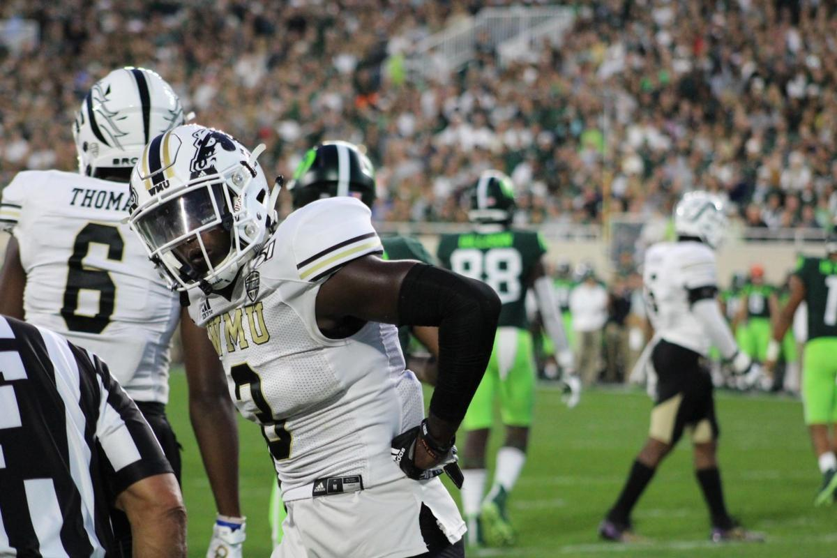 Lester's offense not enough to make up for defense as Broncos drop final non-conference game, 52-33