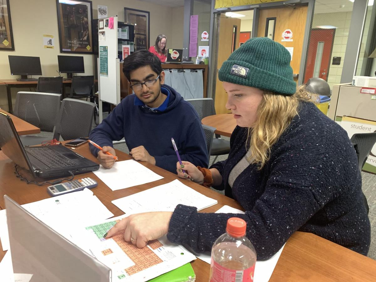 Bronco Study Zone helps students prepare for finals