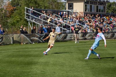 Men's soccer earns point against Akron