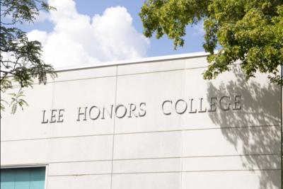 Lee Honors College