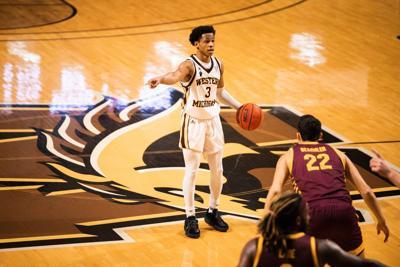 WMU men's basketball B.Artis White