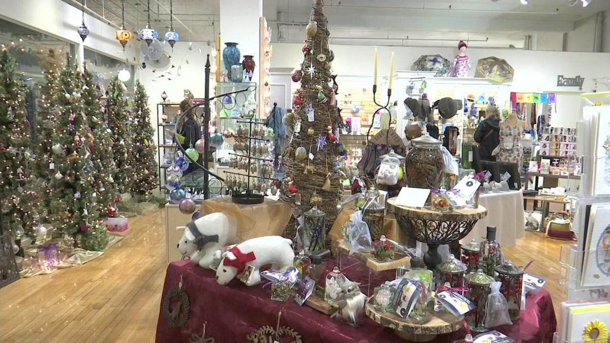 Shoppers look to small businesses for last-minute holiday shopping