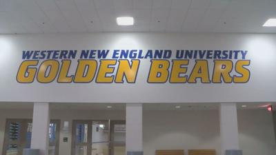 Western New England Univ Golden Bears sign 061219