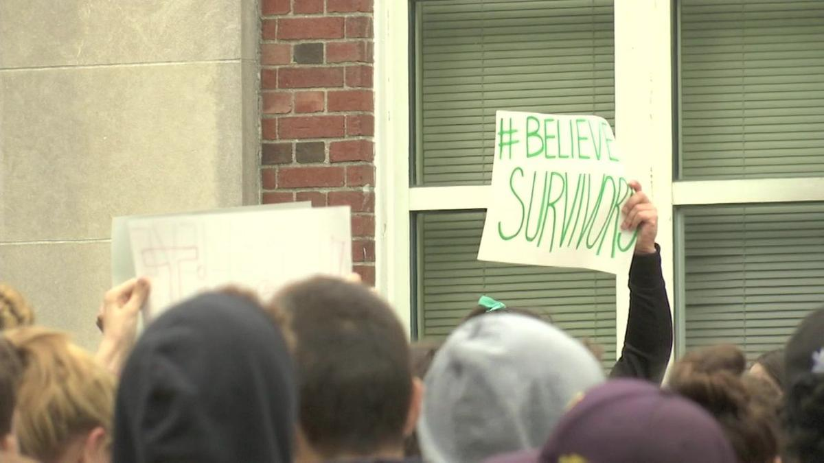 Northampton students walk out in support of Kavanaugh accuser