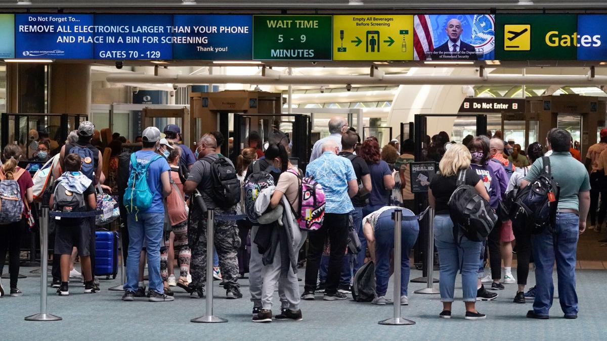 Short-staffed TSA asks its office workers to help out at checkpoints this summer