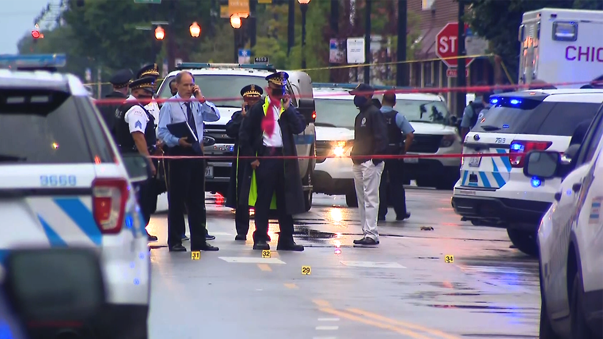 Police: 15 injured after shooting outside Chicago funeral home