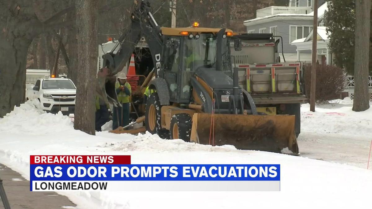 Homes evacuated, power disconnected as crews search for gas odor in Longmeadow