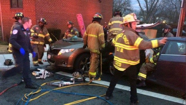 Boston Rd. in Springfield reopen following two-car crash