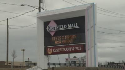Police respond to disturbance at Eastfield Mall in Springfield