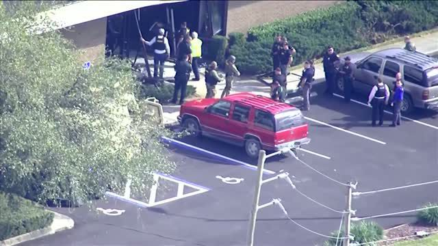 Five people dead in shooting at Florida bank