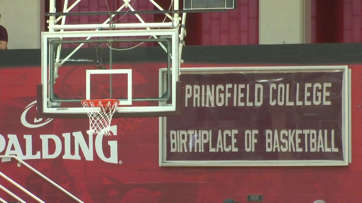 Hoophall Classic preparing for weekend snow