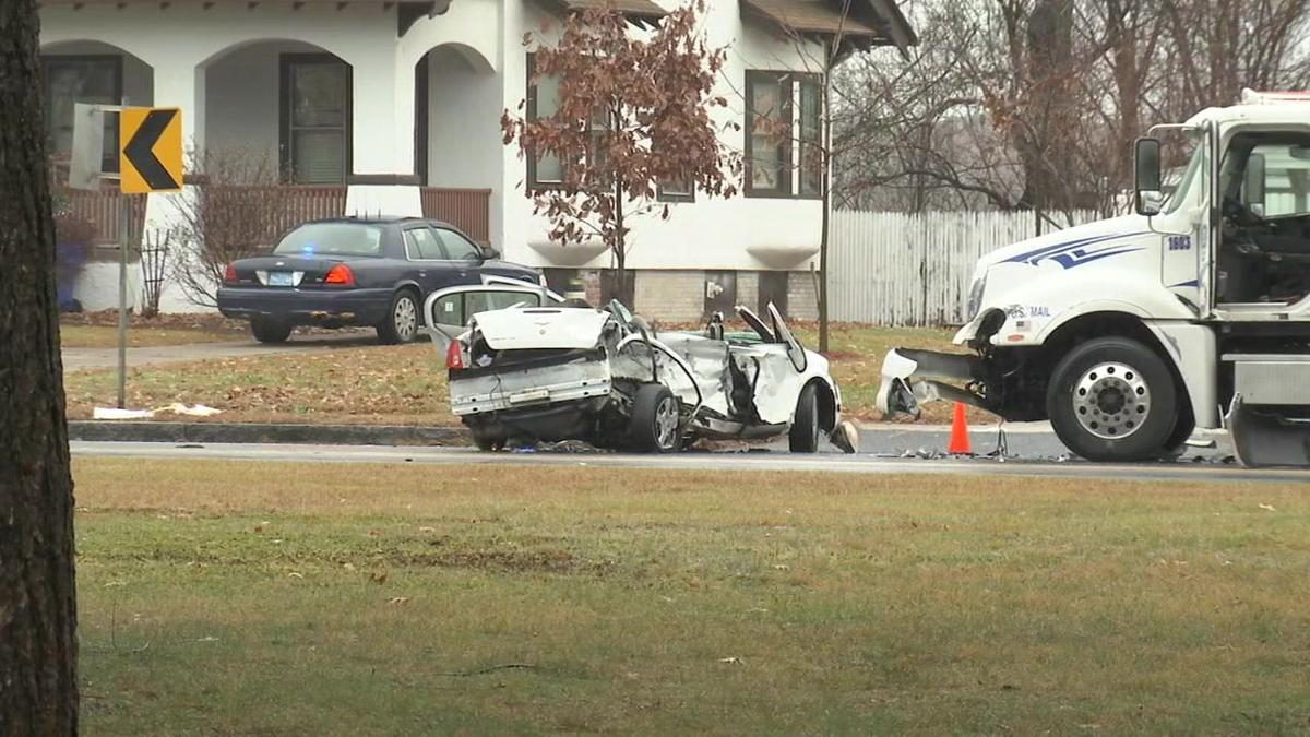 Three suffer serious injuries in crash along Page Blvd in Springfield