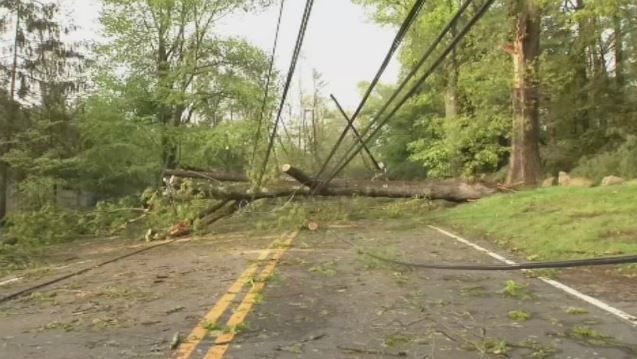 Utility crews from MA in CT to help restore power after severe weather