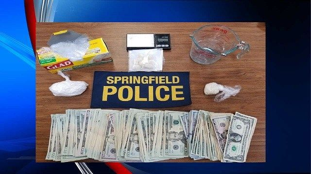 Springfield man faces drug charges following pursuit on I-91 South