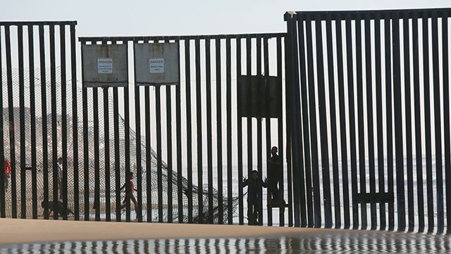 US border agent confesses to killing 4 women, police say