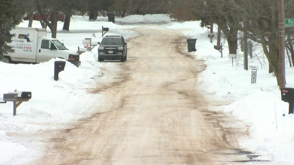 Some Springfield side-streets remain snow covered