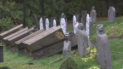 Coffin Challenge at Six Flags