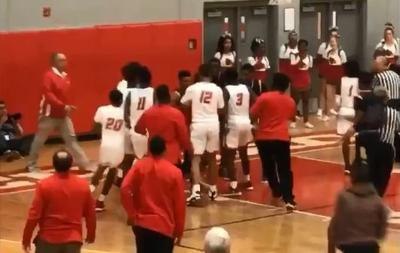 Alton-Riverview Gardens basketball fight