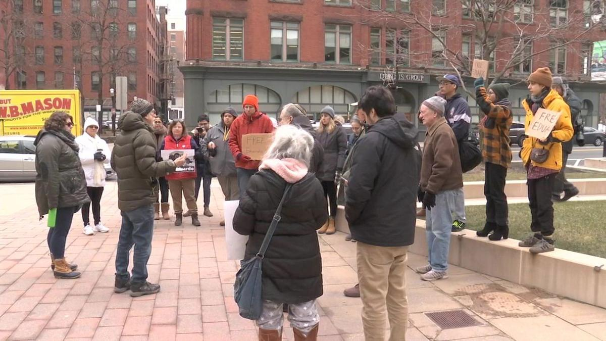 Rally held to support local activist facing deportation