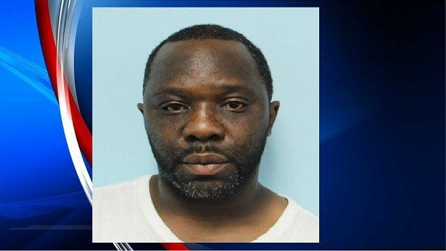 Springfield PD: Man dropped loaded gun while running away from police