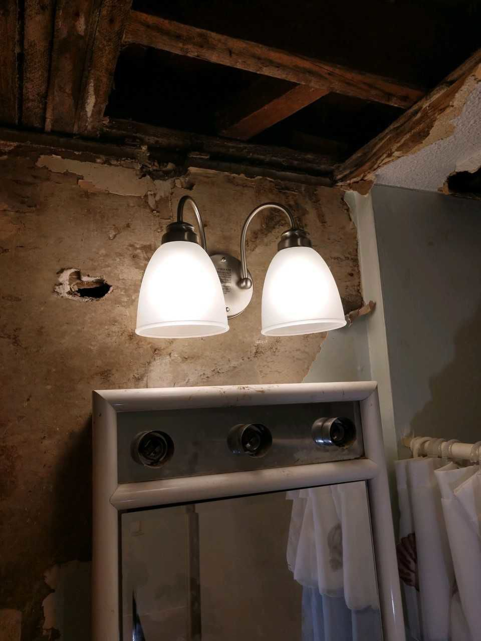 Local electrician helps complete unfinished work in Springfield home