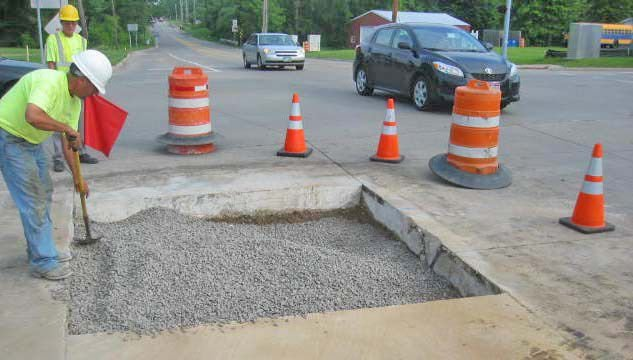 Cars en 'Root' to nowhere yesterday due to North Ridgeville sewer work