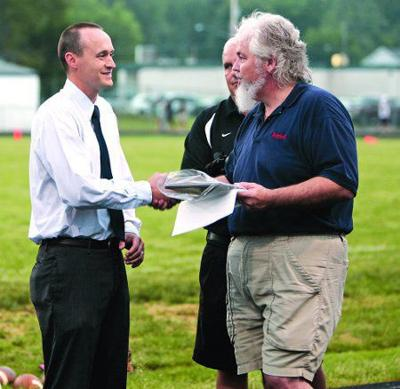 DiFranco honored; receives hall of fame spot