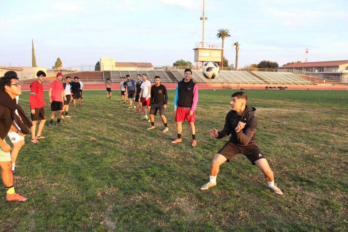 g boys soccer 3.JPG