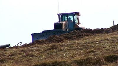 Commissioner says Rolling Hills Landfill contract stands
