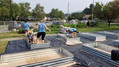 United Way Day of Caring at Oakbrook Garden in Reading