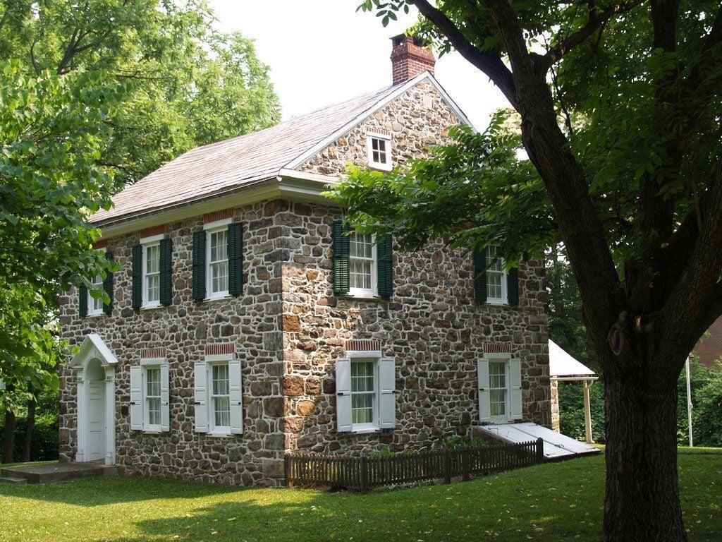 1803 House