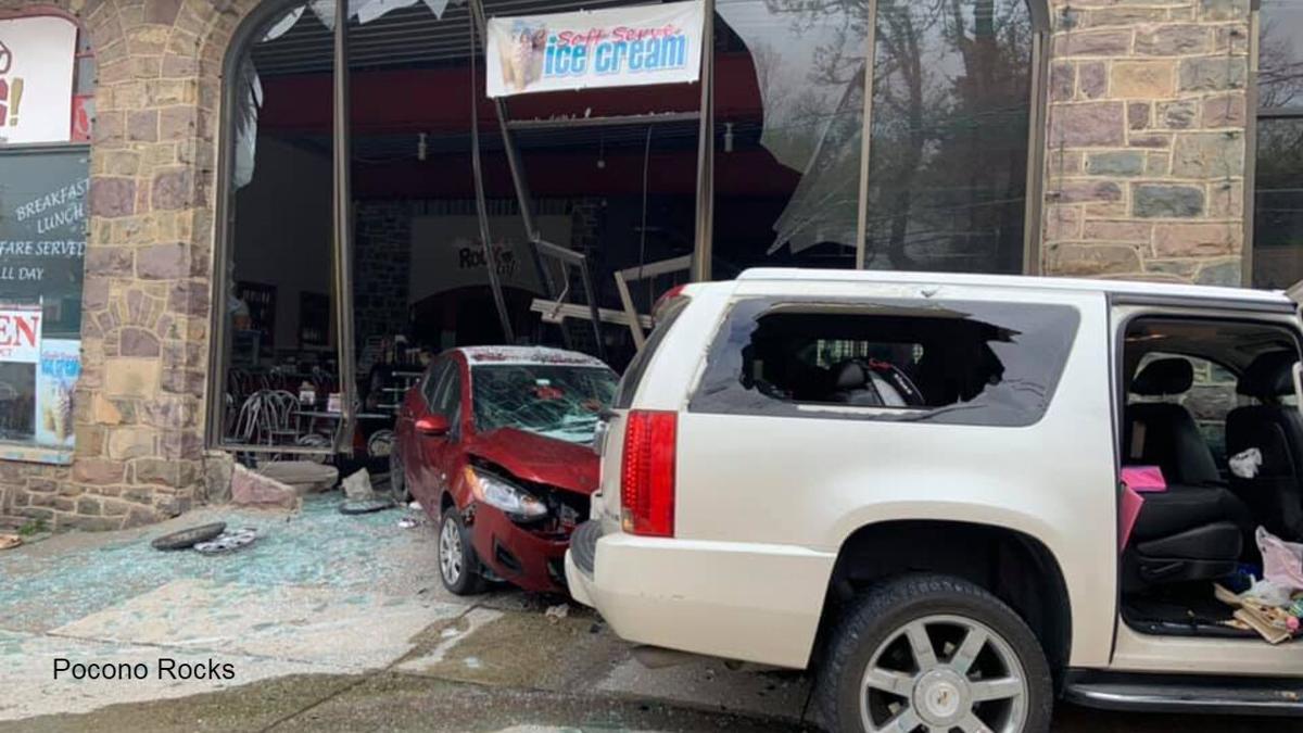 Cars crash into Pocono Rocks