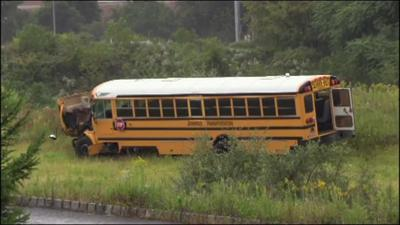 No serious injuries after Wilson Area School District school bus crashes, ends up in field