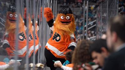 9-6-19 Philadelphia Flyers Gritty.jpg