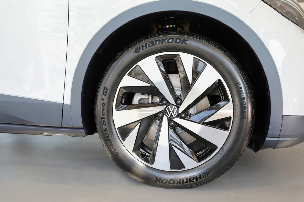 Hankook Ventus S1 evo 3 ev tires, developed specifically for electric cars, will come as original equipment on the Volkswagen ID.4.