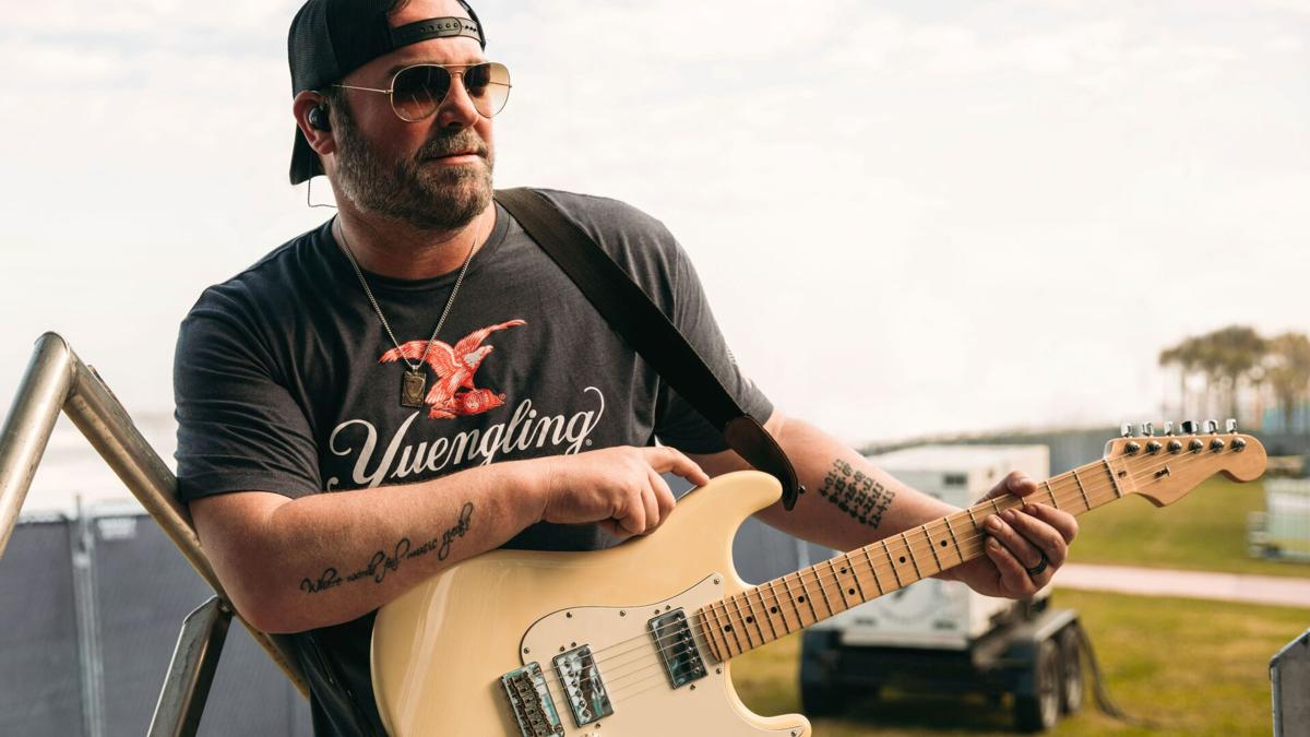 Lee Brice in Yuengling t-shirt