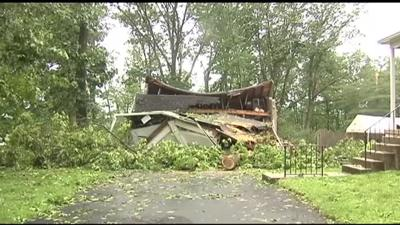 Strong storms, 110 mph winds damage homes in Montgomery County