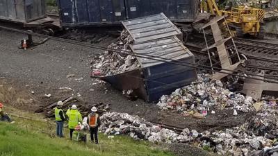 Train derails, spills trash along tracks in Wyomissing
