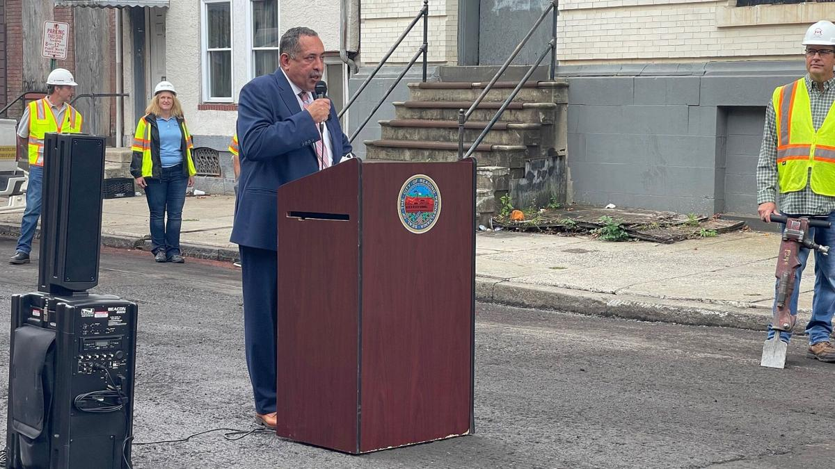 Reading Mayor Eddie Moran launches paving project on South 8th Street