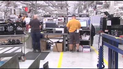 Mack Trucks scheduling 2 down weeks, 2,400 Lehigh Valley employees to be affected